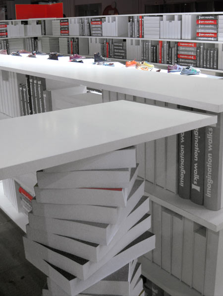 Stand proyectando ideas - Stand para libros ...